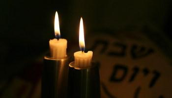 Shabbat-candlelighting